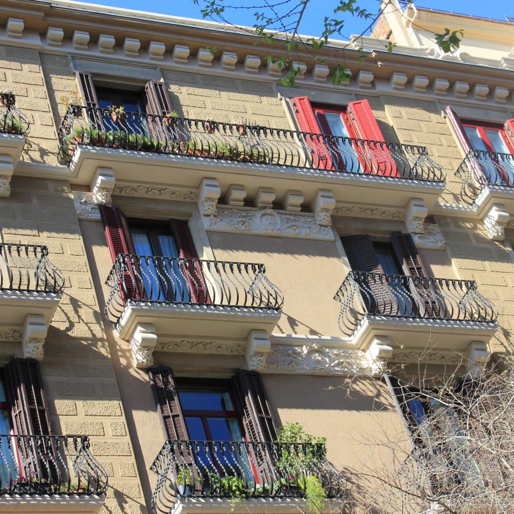 Obras Fachada Barcelona - Pau Claris - Tascó Construcció